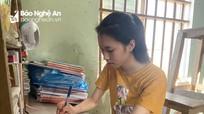 Gặp gỡ thủ khoa trường huyện rẻo cao Nghệ An với ước mơ trở thành nhà ngoại giao