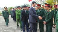 Đồng chí Lê Xuân Đại thăm các đơn vị thường trực chiến đấu dịp Tết