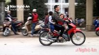 Hàng nghìn học sinh vào lớp 1 ở Nghệ An sẽ được tặng mũ bảo hiểm