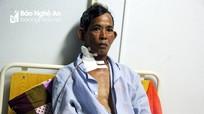 Nghệ An: Không chịu khai nơi cất tiền, lão nông bị hàng xóm đâm liên tiếp