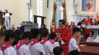 Giáo xứ Vạn Phần tổ chức tuần chầu lượt
