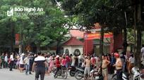 Cháy ở trường mầm non tại Nghệ An, người dân phá cổng vào giúp sơ tán hàng trăm học sinh