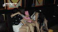 Cận cảnh 'bữa tiệc ma túy' hơn 70 người giữa đại dịch Covid-19 của nhiều dân chơi Nghệ An