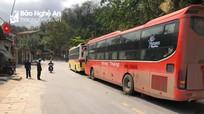 Hai xe giường nằm chạy trái tuyến lên Kỳ Sơn bắt khách bị phạt hơn 20 triệu đồng