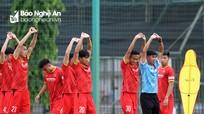 Đội tuyển Việt Nam nghỉ hồi phục, HLV Park trực tiếp chỉ đạo U22 tập luyện