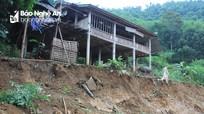 Nghệ An: Hàng chục hộ dân sống dưới 'miệng tử thần' mòn mỏi chờ tái định cư