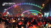 Người hâm mộ Nghệ An đổ ra đường vì niềm tự hào U23 Việt Nam