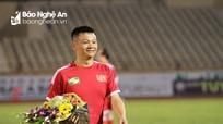 Phạm Văn Quyến lặn lội vào Nam học bằng huấn luyện viên
