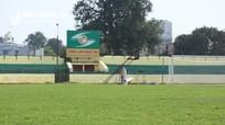 Khán đài Sân Vinh được sơn lại trước trận Sông Lam Nghệ An gặp B. Bình Dương