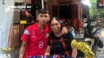 Bài thơ xúc động của người mẹ Nghệ An gửi gắm con trai tại SLNA