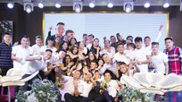 Dàn sao SLNA hội tụ trong đám cưới của đội trưởng Hoàng Văn Khánh