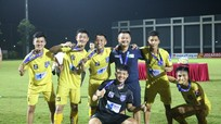 Phạm Văn Quyến làm HLV phó U19 SLNA