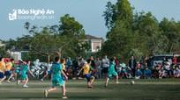 Ngày Tết về làng xem giải League 'tổ liên gia'