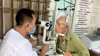 Khám, cấp thuốc miễn phí cho người cao tuổi ở Tân Kỳ, Quỳ Châu