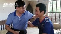 Nhóm Niềm tin tặng quà cho hai mẹ con tàn tật ở Diễn Châu