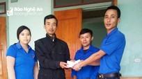 Hỗ trợ gia đình có con tử nạn do điện giật và người nghèo ở Thanh Chương, Tân Kỳ