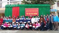 Các hoạt động hỗ trợ, sẻ chia với người nghèo, học sinh khó khăn