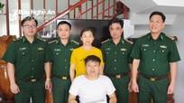 BĐBP Nghệ An thăm hỏi, tặng quà gia đình Đại úy Nguyễn Đình Tài