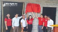 Bàn giao 'Nhà an toàn cho cộng đồng' ở huyện Tương Dương