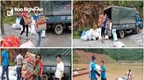 Nhiều suất quà tiếp sức đến trường cho học sinh nghèo vượt khó ở Nghệ An