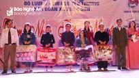 Đêm nhạc thiện nguyện thu được 130 triệu đồng giúp các gia đình đặc biệt khó khăn ở Đô Lương