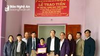 Bàn giao nhà tình nghĩa cho gia đình thân nhân liệt sỹ ở Đô Lương