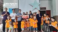 Ủy ban MTTQ tỉnh thăm, tặng quà Trung thu ở Trung tâm Nuôi dưỡng trẻ mồ côi, khuyết tật