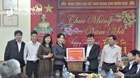 Đảng ủy khối Doanh nghiệp Nghệ An thăm, tặng quà các đơn vị trực Tết