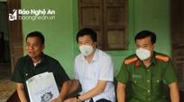 Lãnh đạo huyện Con Cuông thăm, tặng quà các gia đình chính sách