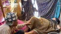 Xót xa cảnh mẹ già 85 tuổi nuôi 4 con bị bệnh tâm thần