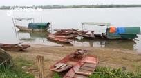"""""""Xóa sổ"""" một làng hến ven sông Lam?"""