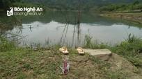 Tìm kiếm nam thanh niên nghi mất tích trên lòng hồ