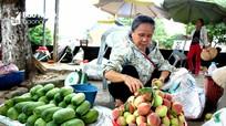 Thăm chợ xép vùng cao với 'đặc sản' chuột, nòng nọc, ấu trùng
