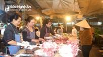 Nghệ An: Thịt lợn giảm giá, sức mua kém