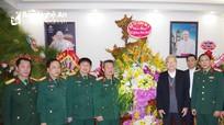 Bộ Tư lệnh Quân khu 4 thăm, chúc mừng Giáng sinh Tòa Giám mục Giáo phận Vinh