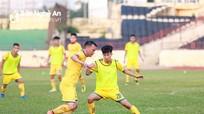 """Tiền vệ Thái Bảo Trung vẫn đang """"thất nghiệp"""""""