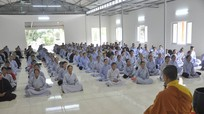 Chùa Càn Môn tổ chức khóa tu một ngày