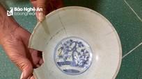 Nghệ An: Đồ cổ đào lên từ huyệt đã từng được phát hiện và chôn lại