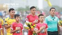 BLV Quang Huy chỉ ra lý do Nguyên Mạnh vắng mặt tại tuyển Việt Nam