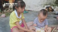 Ước mơ đến trường của cô học trò mồ côi cha ở Nghệ An