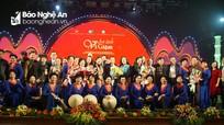 Ấm áp 'Ân tình ví, giặm' tại Hà Nội