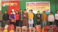 Chùa Lâm Hà tặng 50 suất quà Tết cho hộ nghèo huyện Anh Sơn