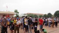 Nghệ An trao giấy chứng nhận cho 177 người hoàn thành cách ly trở về địa phương