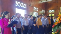 Ủy ban Trung ương Mặt trận Tổ quốc Việt Nam dâng hoa, dâng hương tưởng niệm Chủ tịch Hồ Chí Minh