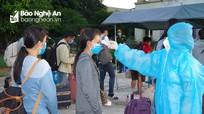 Nghệ An tiếp nhận 209 công dân từ nước bạn Lào về khu cách ly tập trung