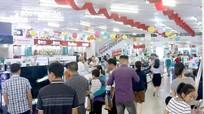 """""""Săn"""" hàng khuyến mãi tại Trung tâm mua sắm Hồng Hà"""