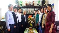 Lãnh đạo tỉnh Nghệ An thăm Nhà giáo ưu tú được Bác Hồ tặng huy hiệu 'Chiến sỹ diệt giặc dốt'