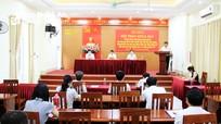Quán triệt, vận dụng Nghị quyết của Đảng vào công tác giáo dục lý luận chính trị