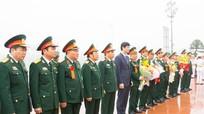 Cựu binh Bình - Trị - Thiên dâng hoa tại Quảng trường Hồ Chí Minh
