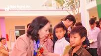 Trưởng ban Dân vận Trung ương dự khánh thành công trình nội trú cho học sinh Con Cuông